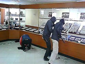 «113 томов уголовного дела». В Смоленской области будут судить банду грабителей