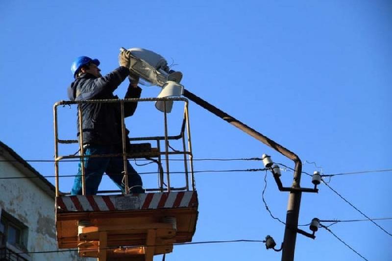 В смоленском райцентре установят еще 1400 уличных светильников