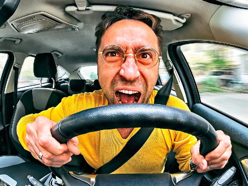 Смоленский автолюбитель поплатился за плохую привычку