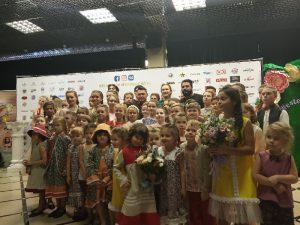 Группа «Корни» приняла участие в показе смоленского дизайнера Алисы Холод