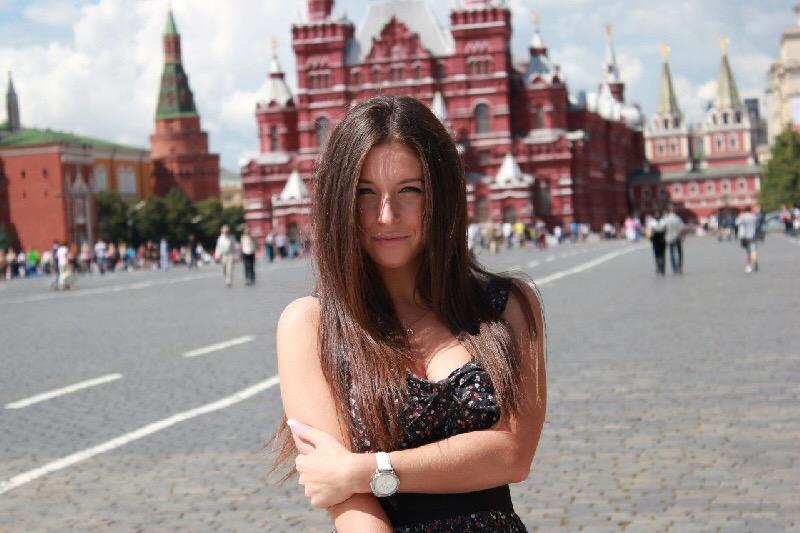 Смоленская порнодива обвиняет Богдана Титомира в рукоприкладстве