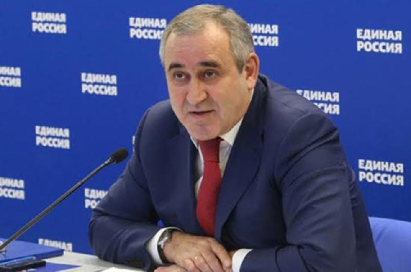 Сергей Неверов, анонсируя изменения в закон о запрете пропаганды нацизма, вспомнил смоленский случай