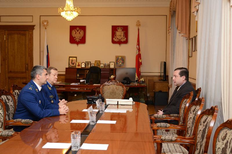 Губернатор встретился с новым прокурором Смоленской области