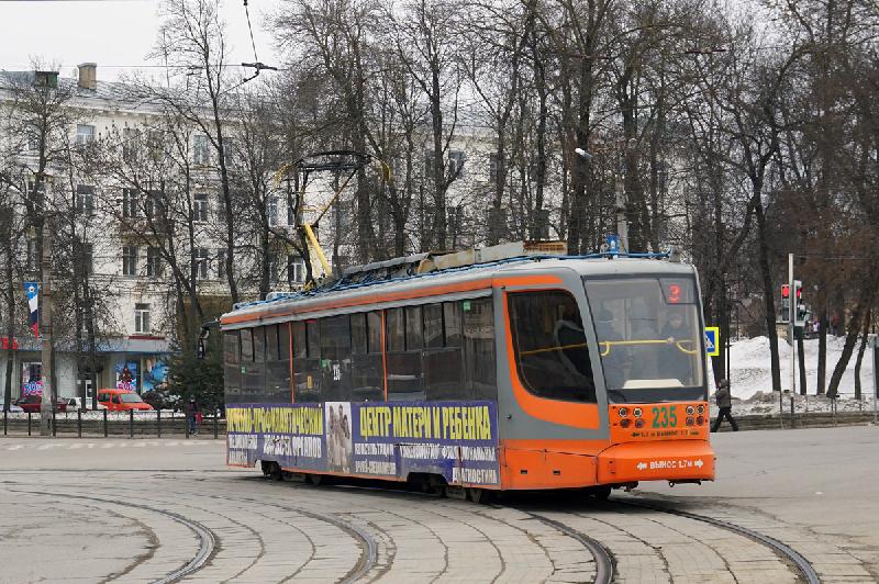 Из-за ремонта водопровода в Смоленске изменились маршруты трамваев