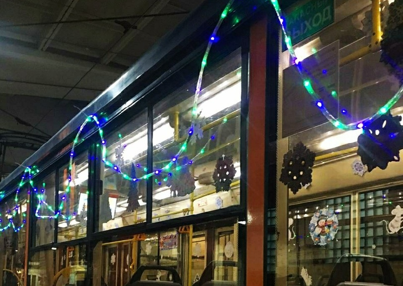 Смоляне смогут «поймать» новогодний транспорт. Фото появились в сети