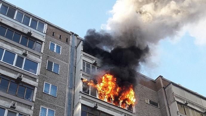 Смолянин пострадал в огне