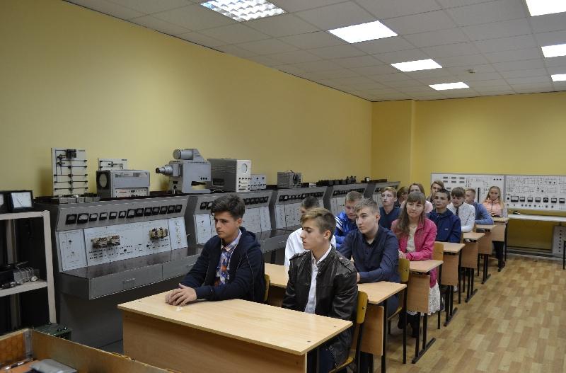 Администрация Смоленской области просит не закрывать железнодорожный техникум в Рославле