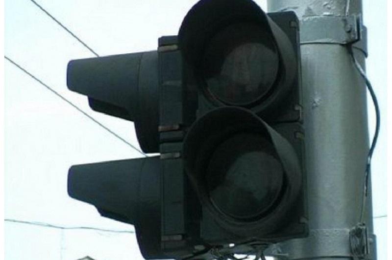 Где в Смоленске завтра отключат светофор и освещение дороги
