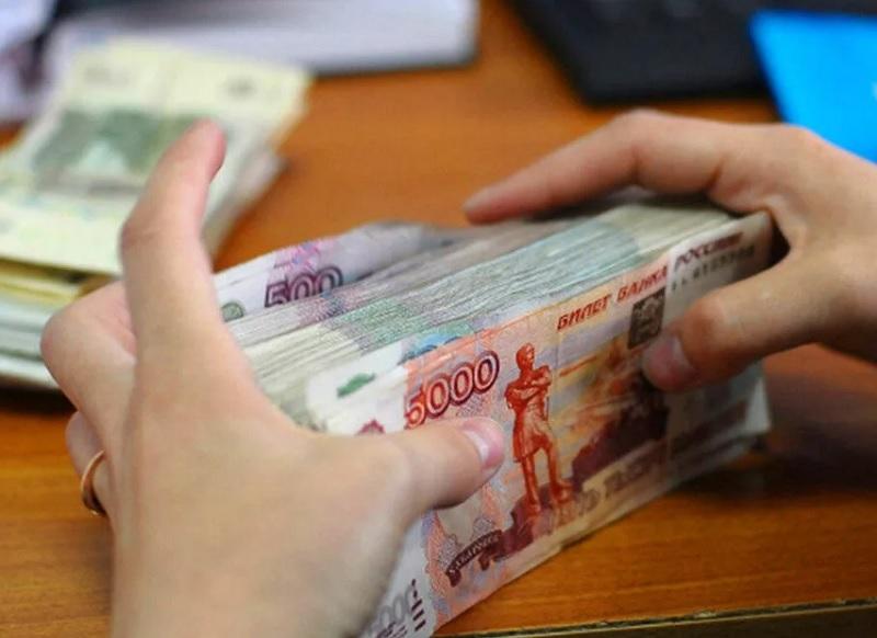 В Смоленской области главбух «управляшки» присвоила 2,5 миллиона
