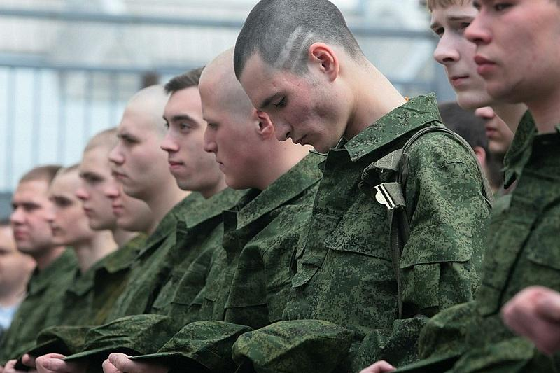 Трио смоленских «уклонистов» пойдет под суд