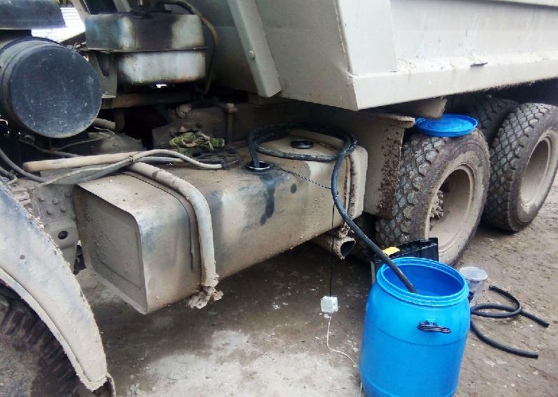 Смолянин украл на работе более 1,5 тыс литров дизельного топлива