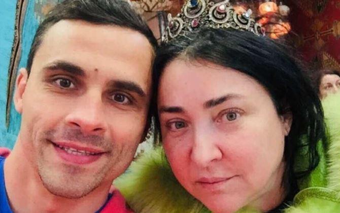 Лолита попросила адвоката ускорить развод с Ивановым