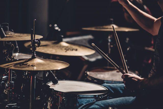 Новые барабаны появились в шести детских школах искусств Смоленщины