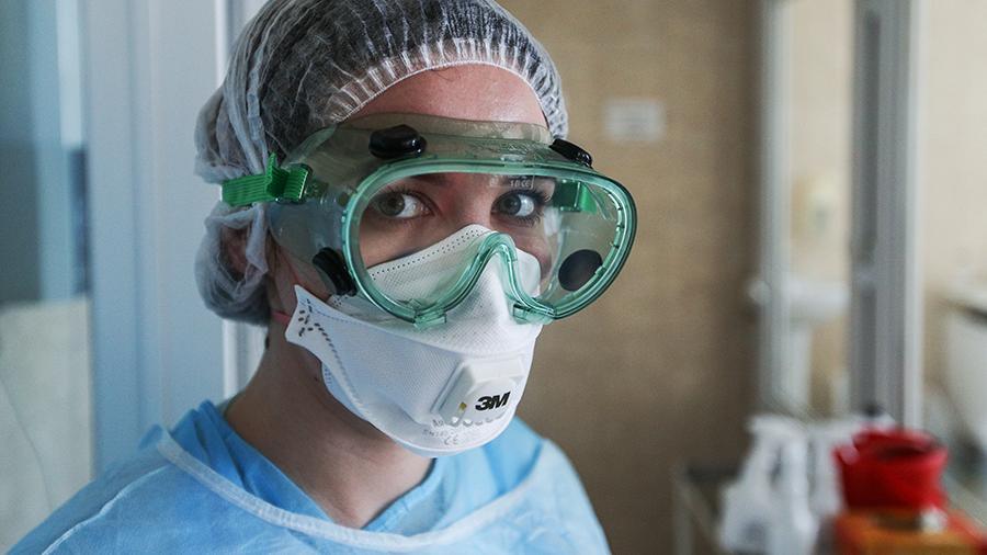 Число заразившихся коронавирусом в России перевалило за тысячу