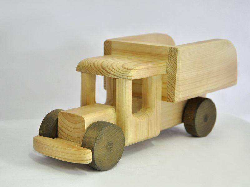 Интернет-магазин Shkura.com.ua: широкий ассортимент деревянных игрушек