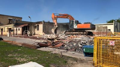 Почему демонтаж и снос зданий должны выполнять профессионалы