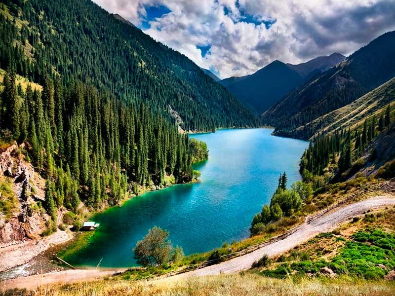 Прекрасные страны Средней Азии и их обзор