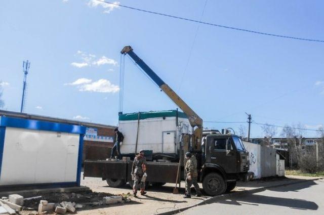 Незаконные торговые точки продолжают убирать в Смоленске