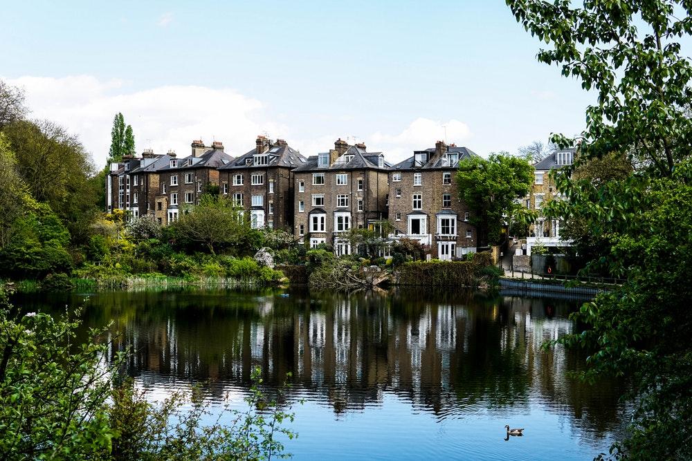 Четыре лучших вложения в недвижимость в Англии