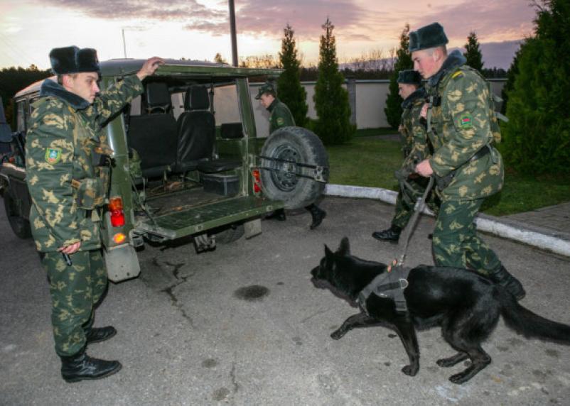 Россияне возвращаются из-за границы через Беларусь и Смоленскую область