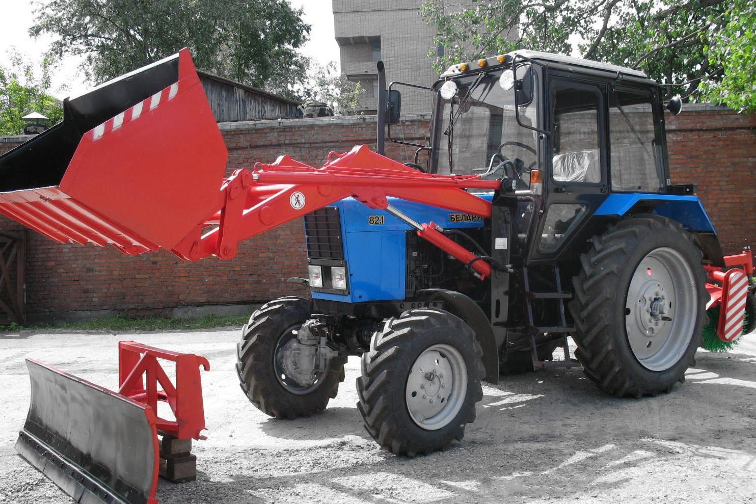 Погрузчик навесной для белорусских тракторов: универсальный помощник на все случаи жизни