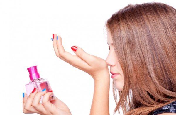 ТОП 10 лучших духов для подростков-девочек