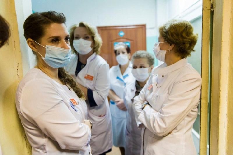 Почти 4000 смолян с подозрением на коронавирус находятся под наблюдением медиков