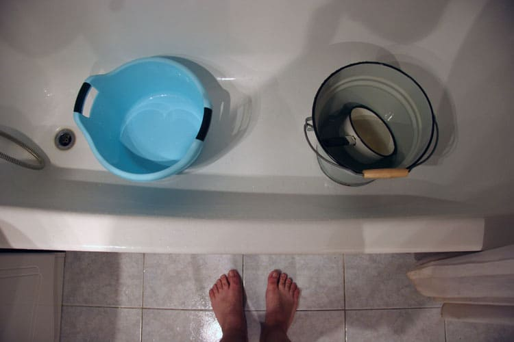 Жители 5 улиц Смоленска останутся без горячей воды на 3 недели