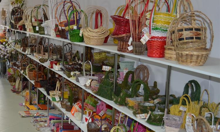 Качественные материалы и декор для флористики