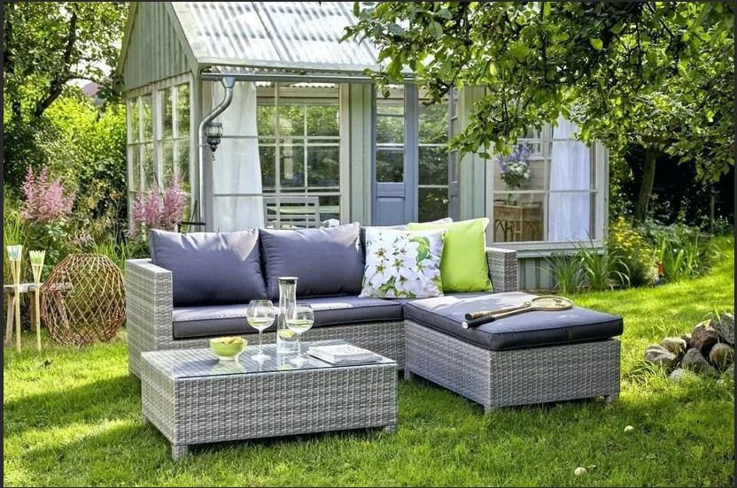 Садовая мебель из дерева — стильно и практично!