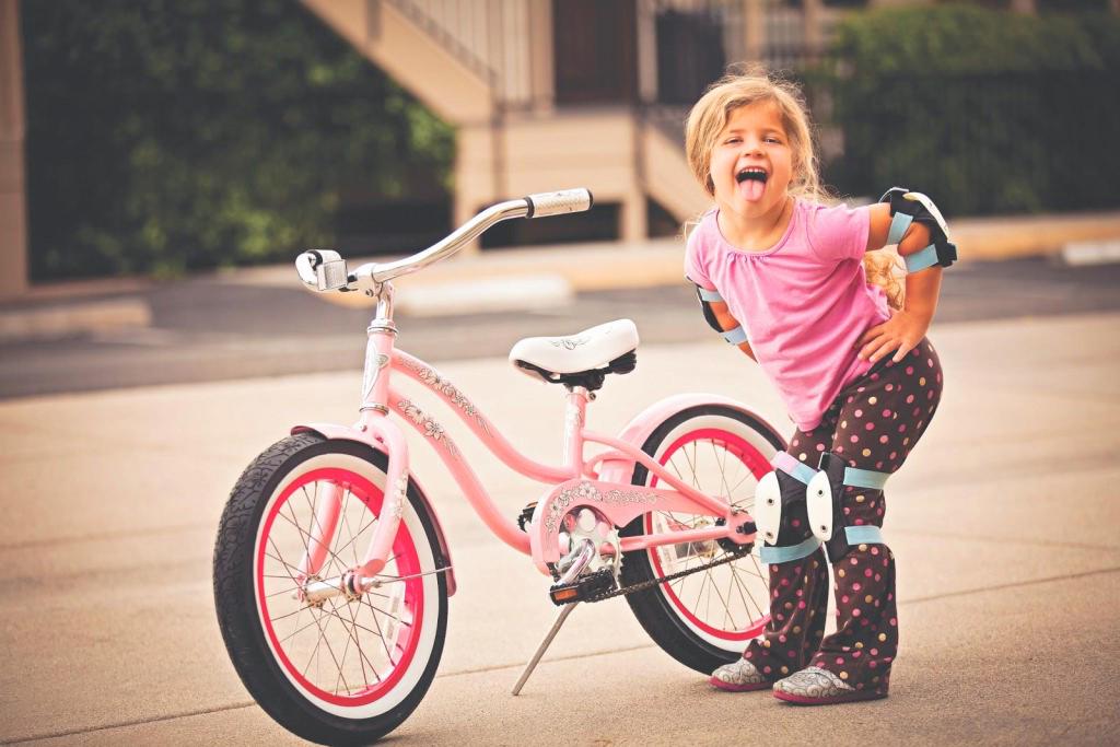 Детские велосипеды выбирают в магазине «Дочки-Сыночки»