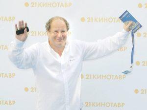 Дмитрий Астрахан рассказал о закулисье сериала «Старые кадры»