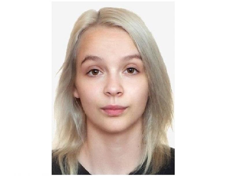 В Смоленске ищут пропавшую месяц назад девушку с пирсингом