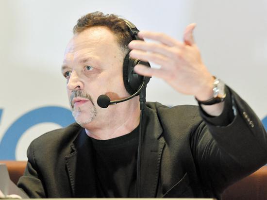 Виктор Гусев рассказал об околофутбольных играх, стриптизе и рок-н-ролле