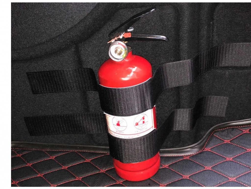 Какой огнетушитель должен быть в машине?