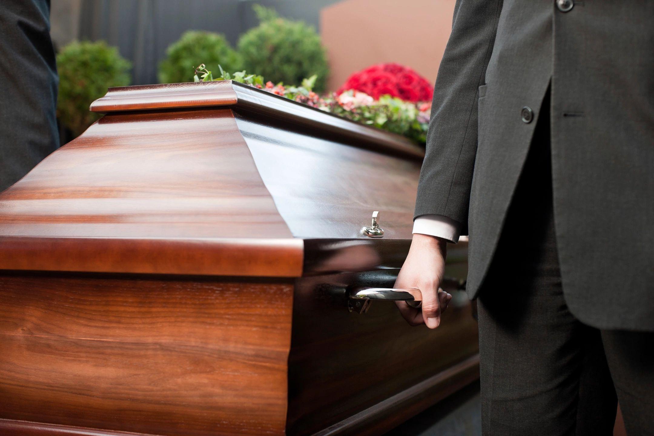 Про нюансы похоронного процесса