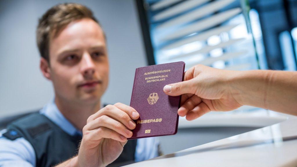 Особенности получения второго гражданства