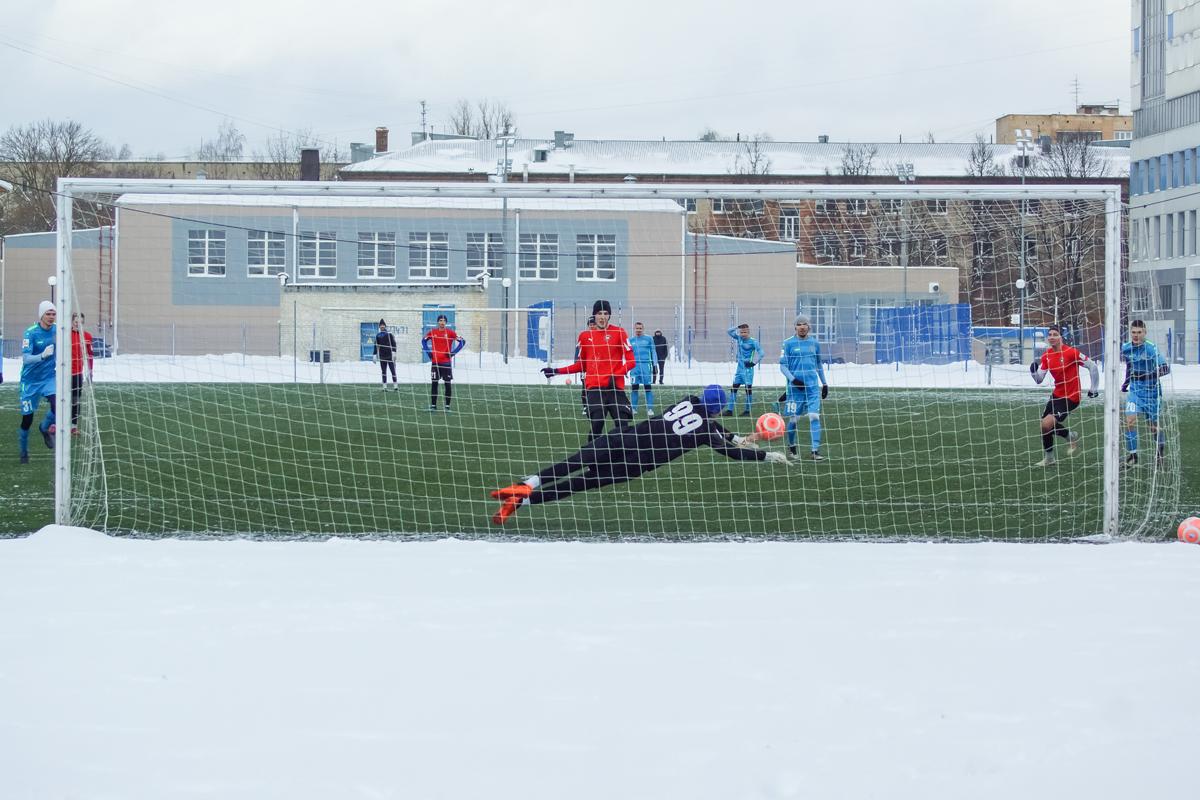 ФК «Смоленск» начал год с крупной победы