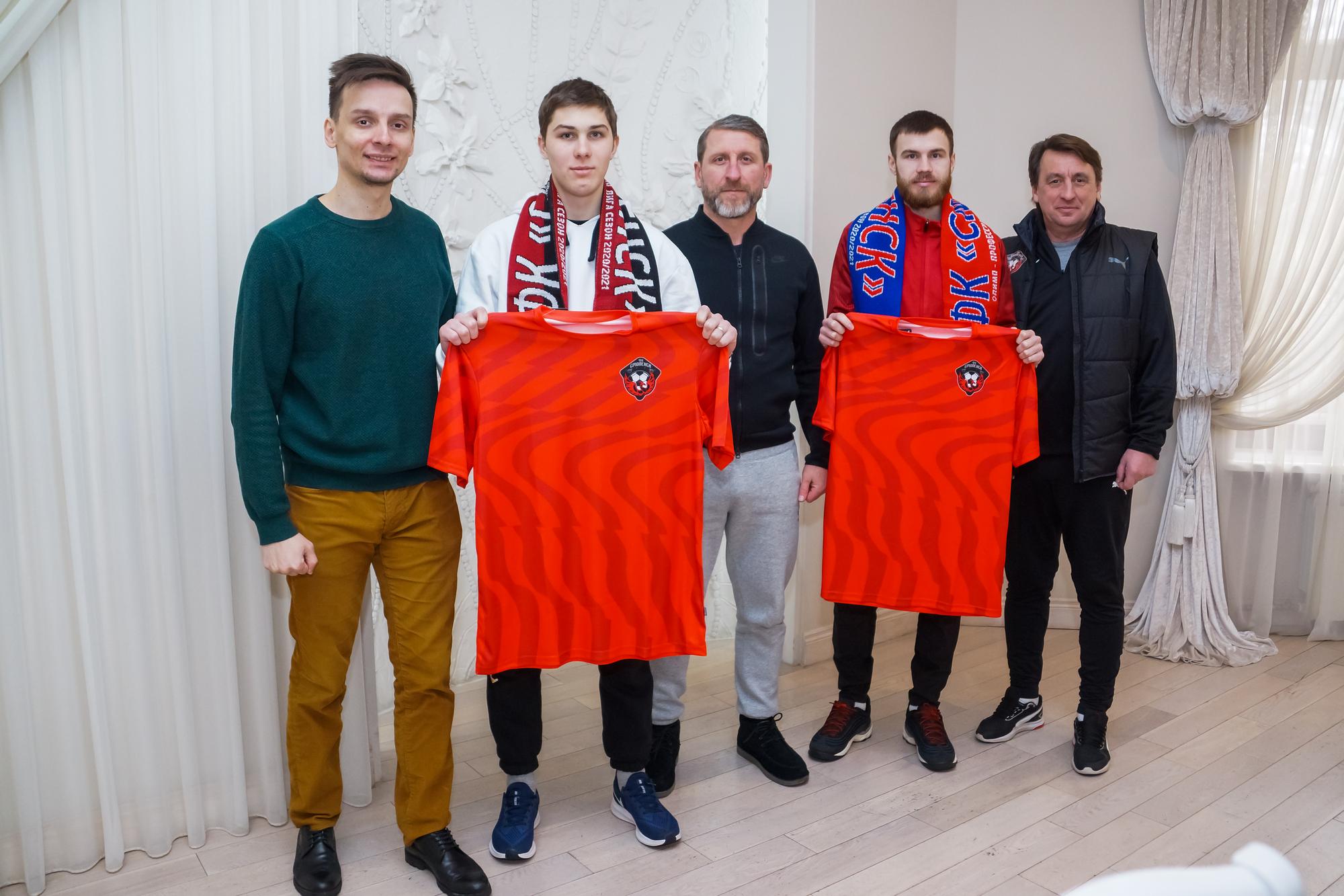 «Смоленск» пополнился двумя новыми футболистами