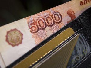 «Подозрительно бедные» россияне взбунтовались против лишения детских пособий