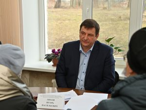 В Духовщине Игорь Ляхов провел личный прием граждан