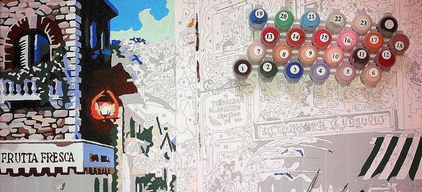 Наборы для творчества: раскраска и мозаика по номерам.