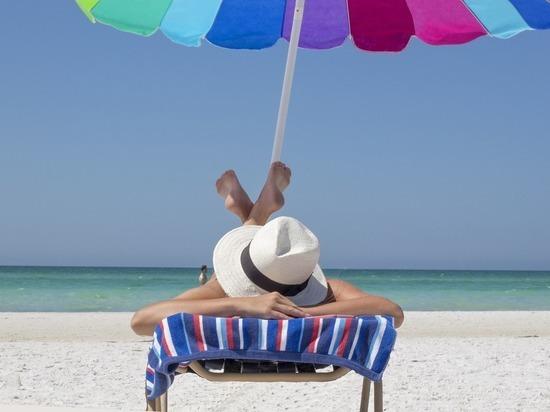 Онколог назвал группу риска для возникновения рака из-за солнца