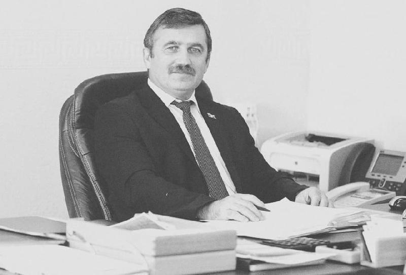 В Смоленске умер директор областного Управления Росреестра Гусейн Гадиев