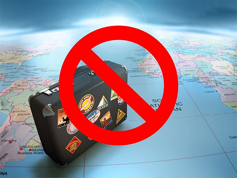 Определяем запрет на выезд службой судебных приставов
