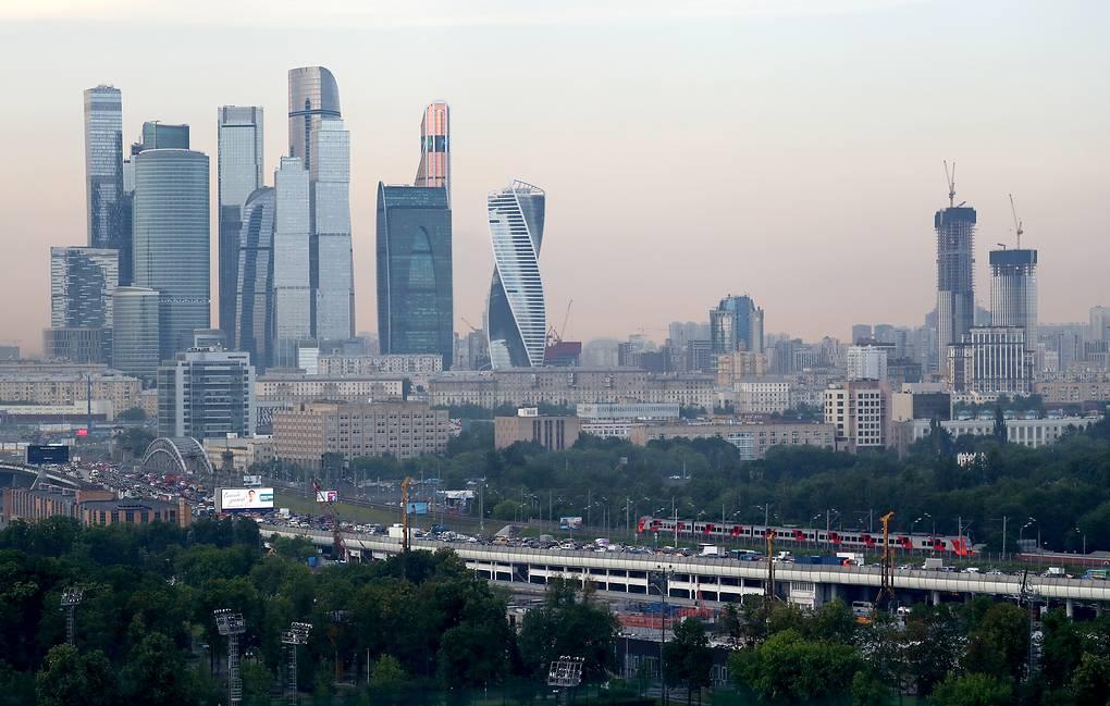 Инфляция в России в 2021 году может превысить прогноз в 4,3%
