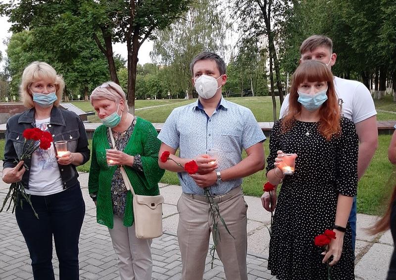 Смоленские энергетики приняли участие в акции «Свеча памяти»