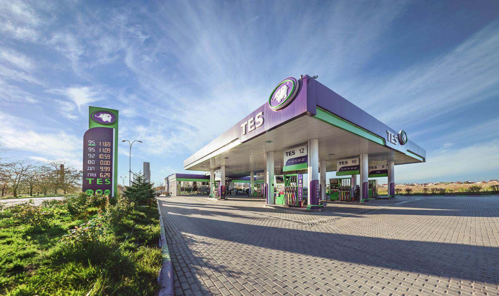 Крым может остаться без бензина на пике туристического сезона