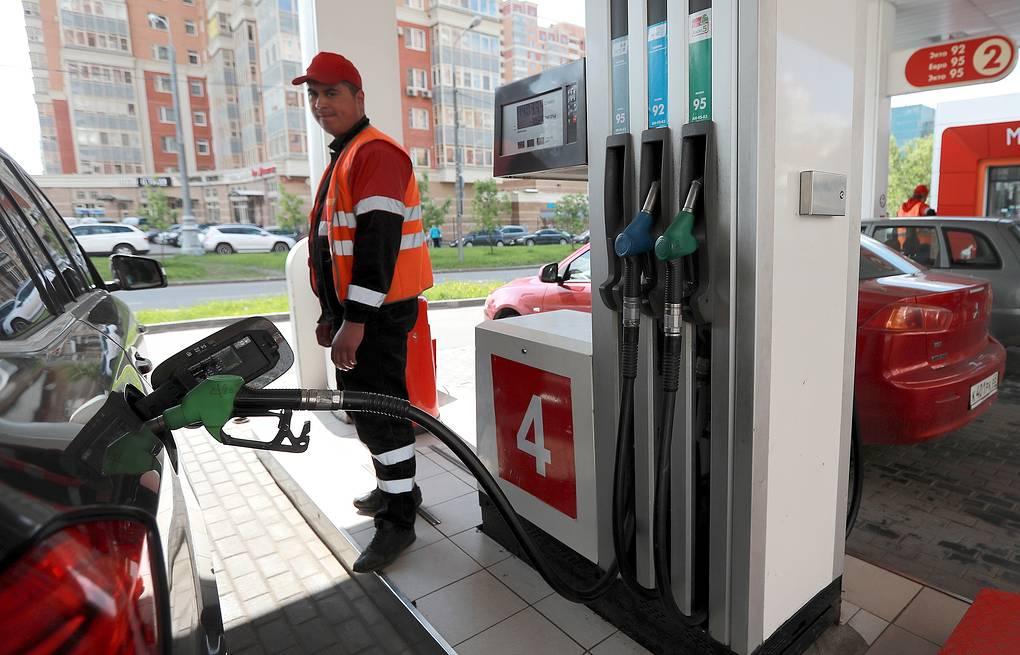 В «Лукойле» оценили вероятность снижения цен на бензин в России до 20 рублей за литр