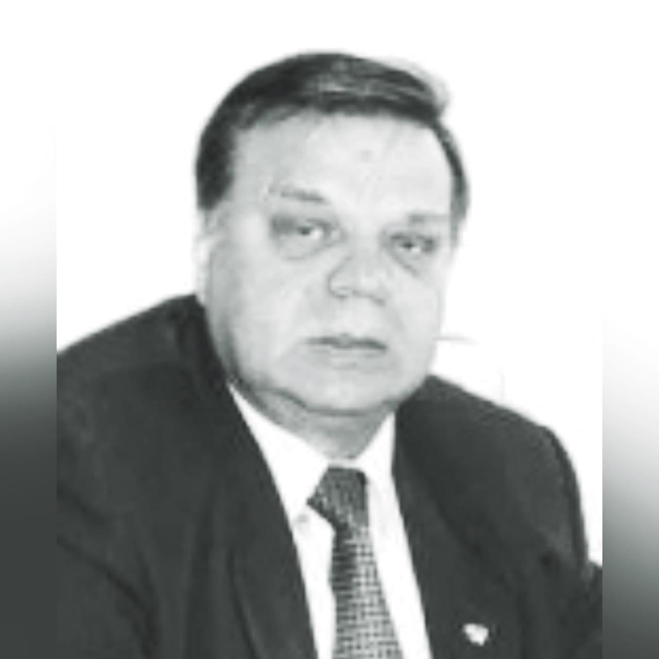 В Смоленске ушел из жизни известный ученый, профессор Владимир Голичев